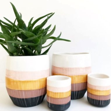 16 THOUGHTFUL ZERO WASTE GIFT IDEAS FOR GREENER GIVING