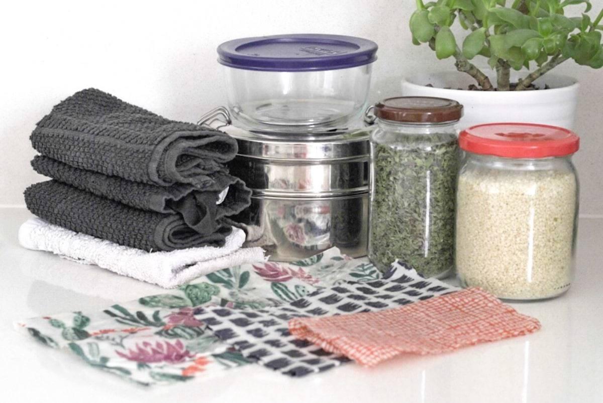 Zero Waste Kitchen - Containers - cloths - jars-wraps