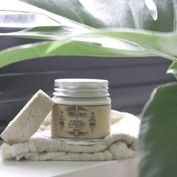 Zero Waste Skin Care: 13 Best Brands Against Plastic #zerowaste #skincare