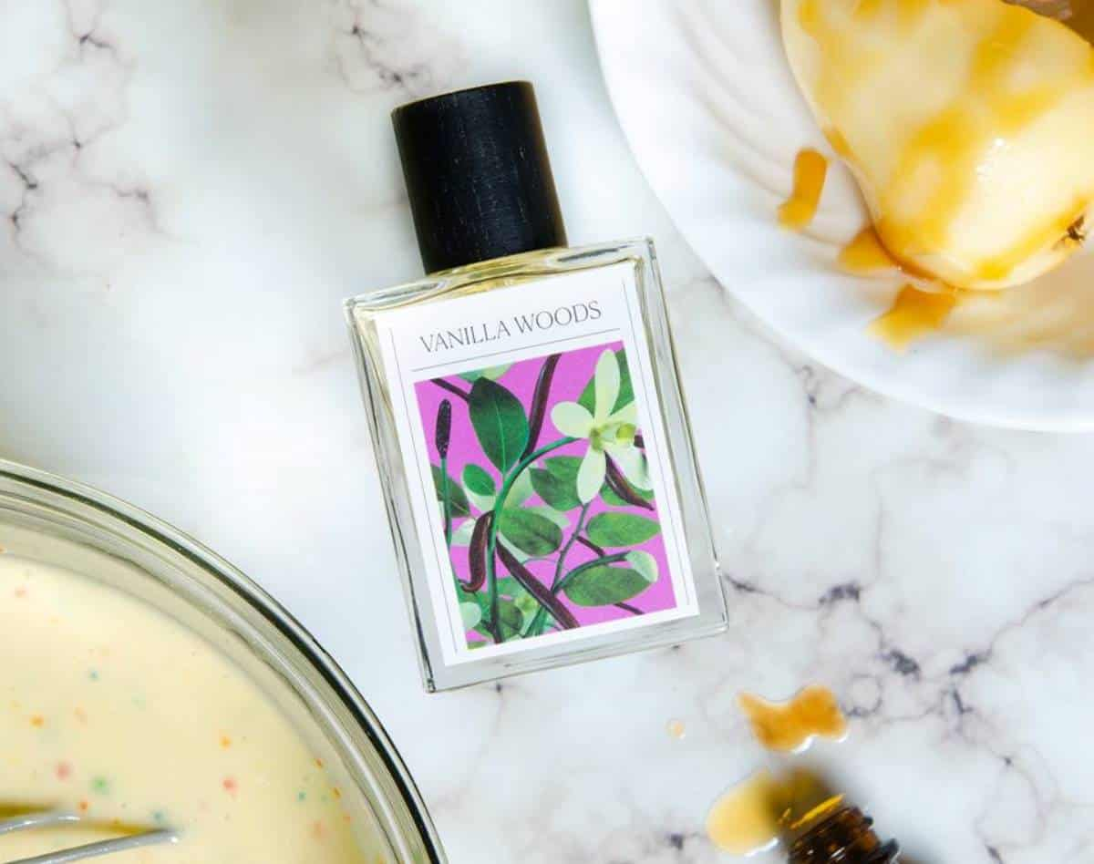 Vegan, Cruelty Free Perfume Options That Smell As Good As Protecting The Planet. Image by The 7 Virtues #crueltyfree #vegan #perfume