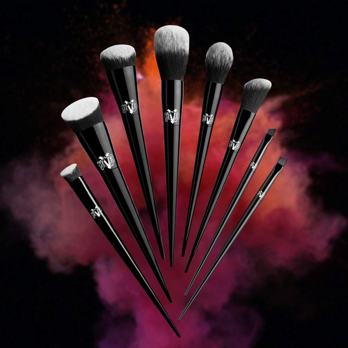 Vegan Makeup Brush Brands For A Flawlessly Fur Free Face Image by Kat von D #veganmakeup #makeupbrush
