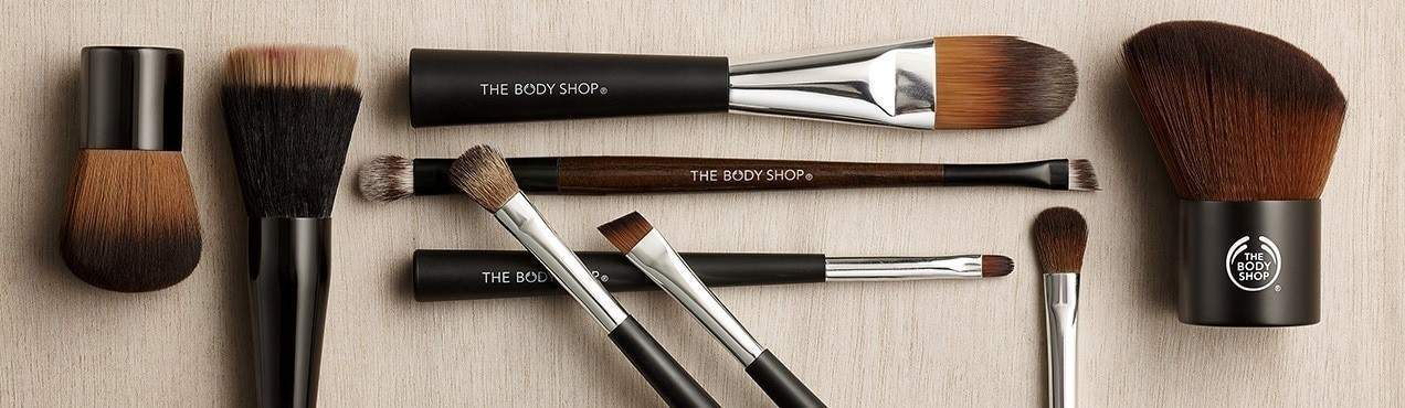 Vegan Makeup Brush Brands For A Flawlessly Fur Free Face Image by The Body Shop #veganmakeup #makeupbrush