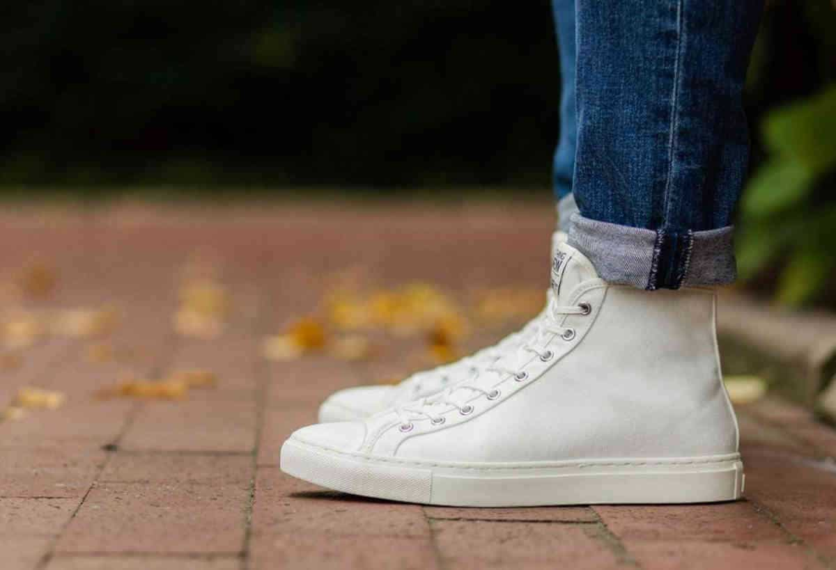 Ethical Sneakers: Eco Friendly Brands Ahead of the Pack Image by Nothing New #sustainablefashion #ethicalsneakers
