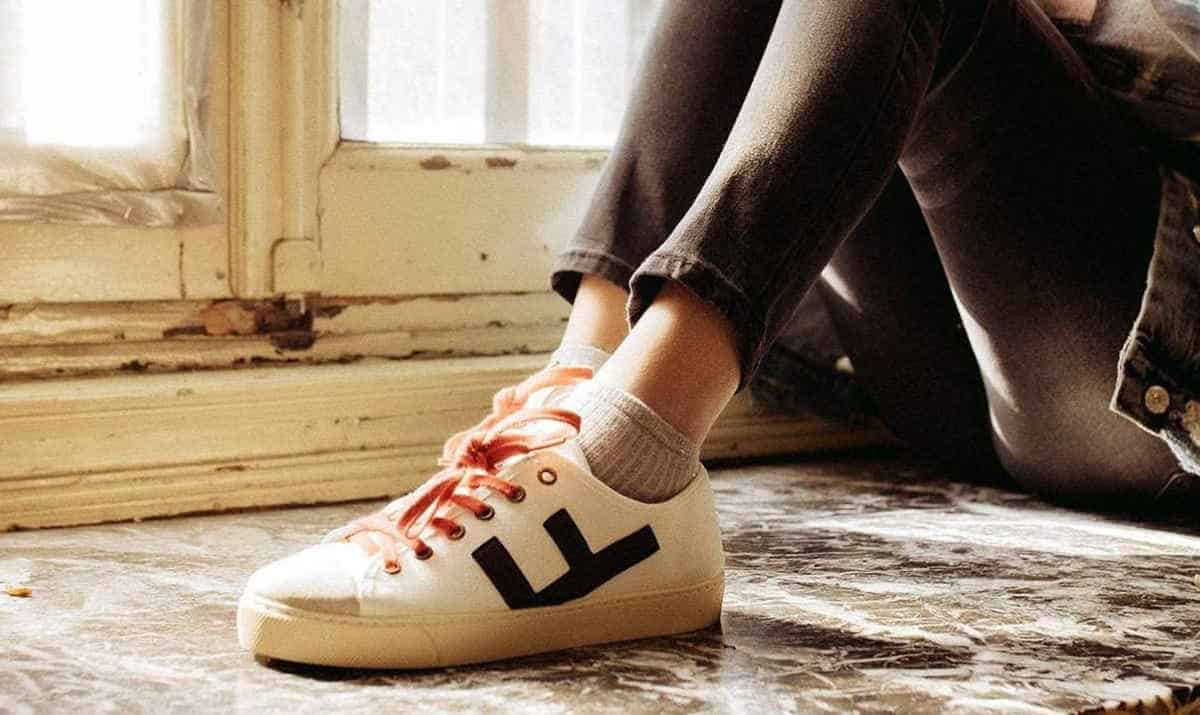 Ethical Sneakers: Eco Friendly Brands Ahead of the Pack Image by Flamingos Life #sustainablefashion #ethicalsneakers