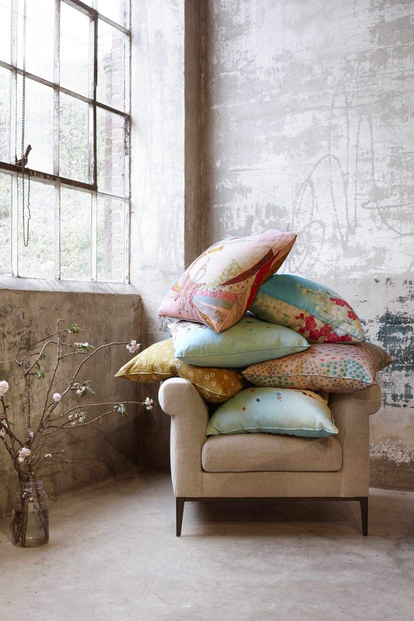 Shopping for Sustainable Furniture? Here's our list of the most eco friendly brands creating artisan show-pieces for any home… Image by Cisco Home #sustainablefurniture #ecofriendlyfurniture