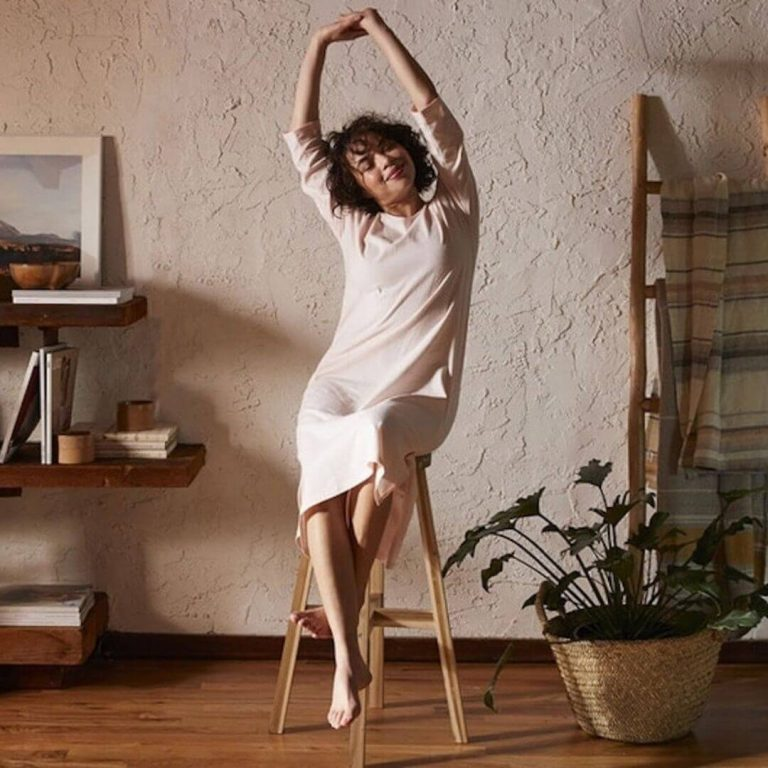 While some of you may prefer to sleep in your sustainable skivvies and others in some luxe lingerie, sometimes you just need a good old fashioned pair of lounge PJs Image by Coyuchi #fairtradepajamas #sustainablesleepwear