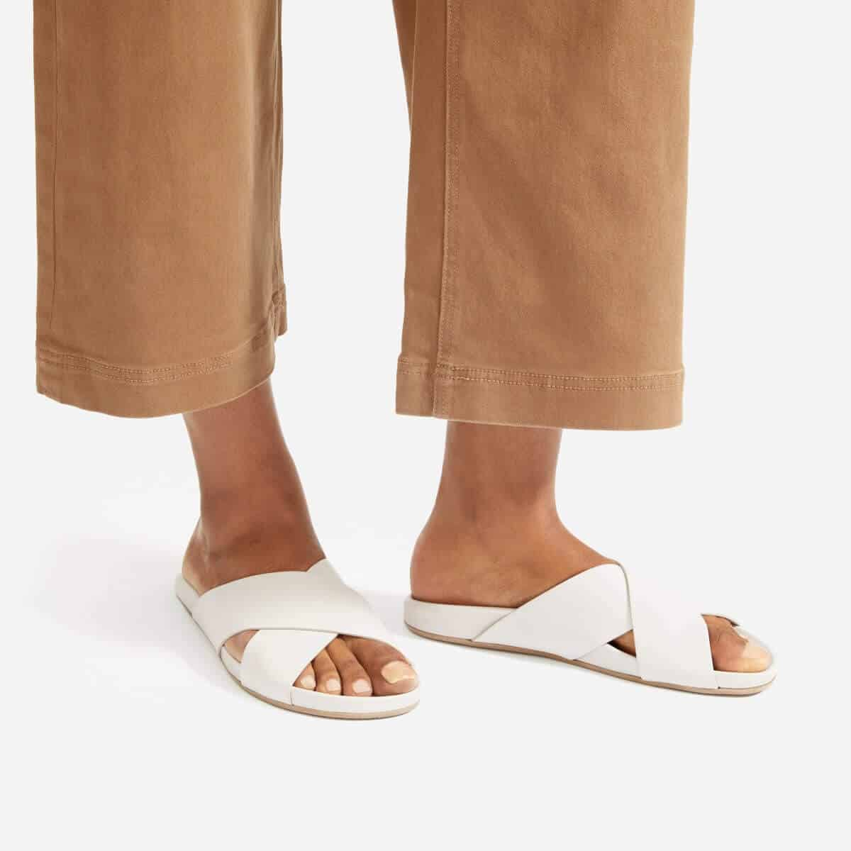 In the spirit of walking towards a greener future, we've been hunting for ethical and eco friendly sandals Image by Everlane #ecofriendlysandals #ethicalfashion