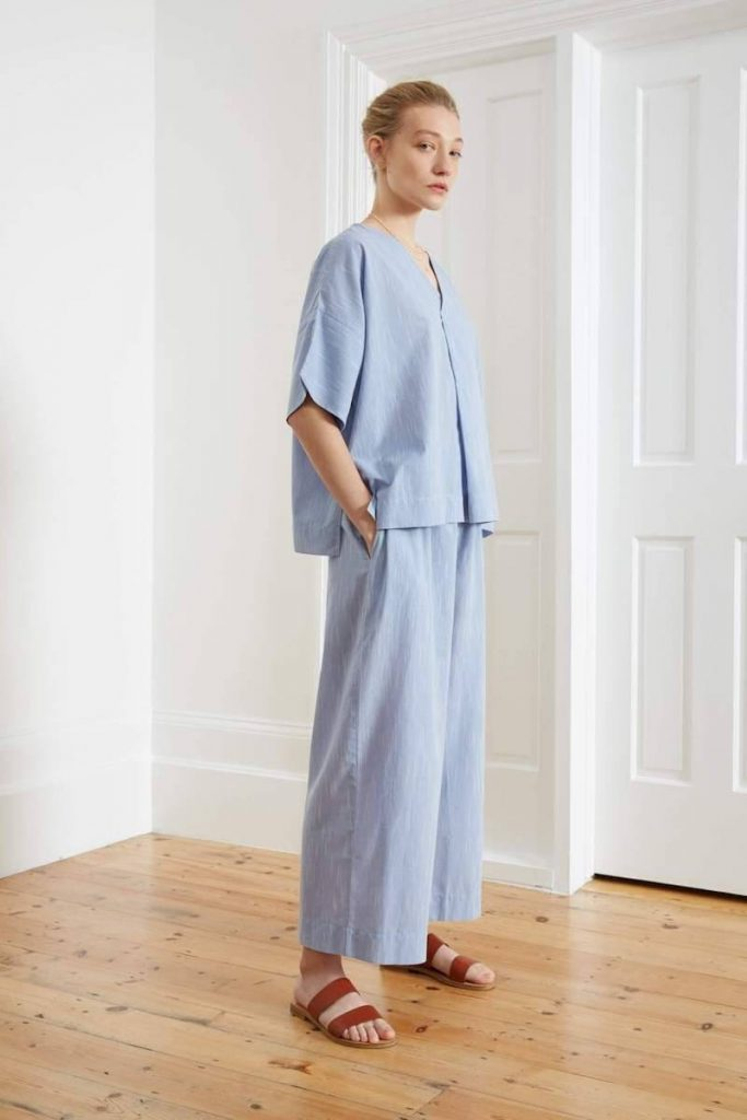 While some of you may prefer to sleep in your sustainable skivvies and others in some luxe lingerie, sometimes you just need a good old fashioned pair of lounge PJs Image by Kowtow #fairtradepajamas #sustainablesleepwear