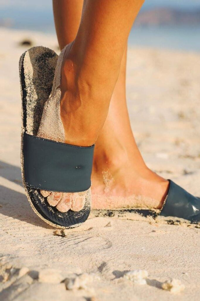In the spirit of walking towards a greener future, we've been hunting for ethical and eco friendly sandals Image by Indosole #ecofriendlysandals #ethicalfashion