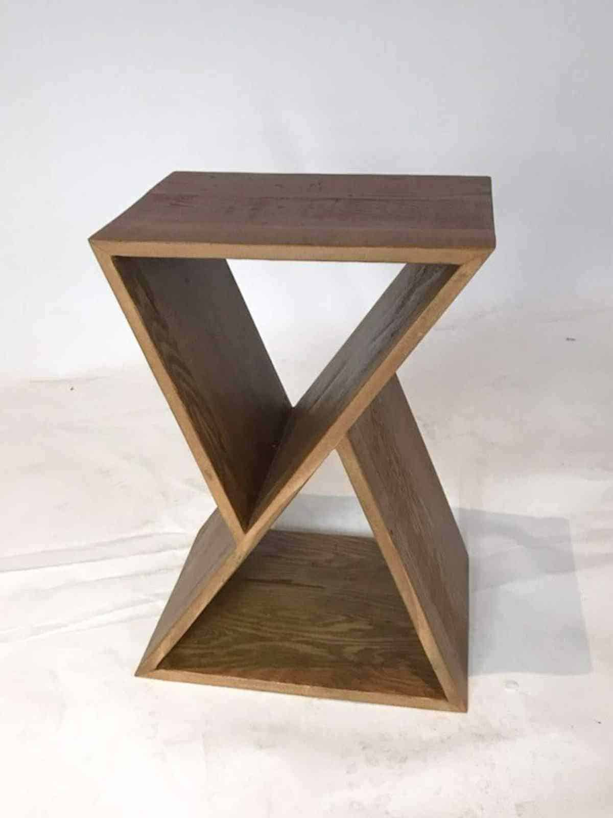 Shopping for Sustainable Furniture? Here's our list of the most eco friendly brands creating artisan show-pieces for any home… Image by Urban Woods #sustainablefurniture #ecofriendlyfurniture