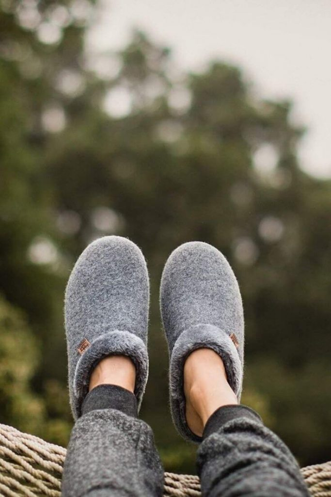 All these sustainable and ethical slippers have us feeling a little cozier about the world of ethical footwear... Image by FreeWaters #sustainablefashion #ethicalslippers