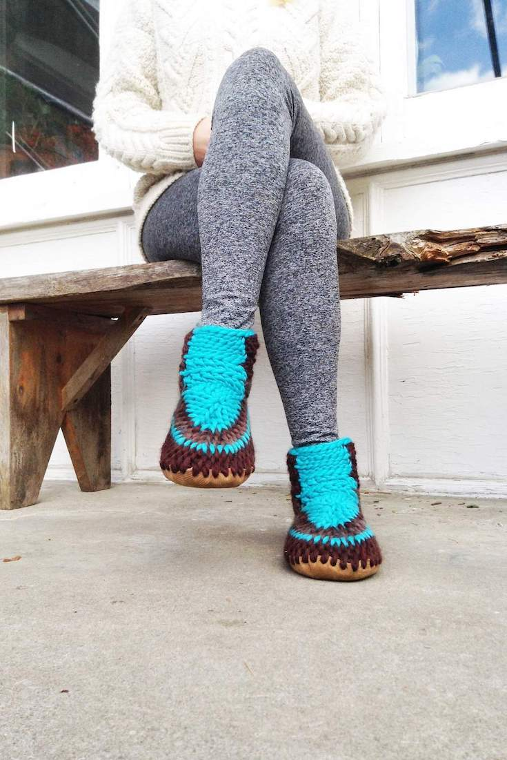 All these sustainable and ethical slippers have us feeling a little cozier about the world of ethical footwear... Image by Muffle Up Slippers #sustainablefashion #ethicalslippers