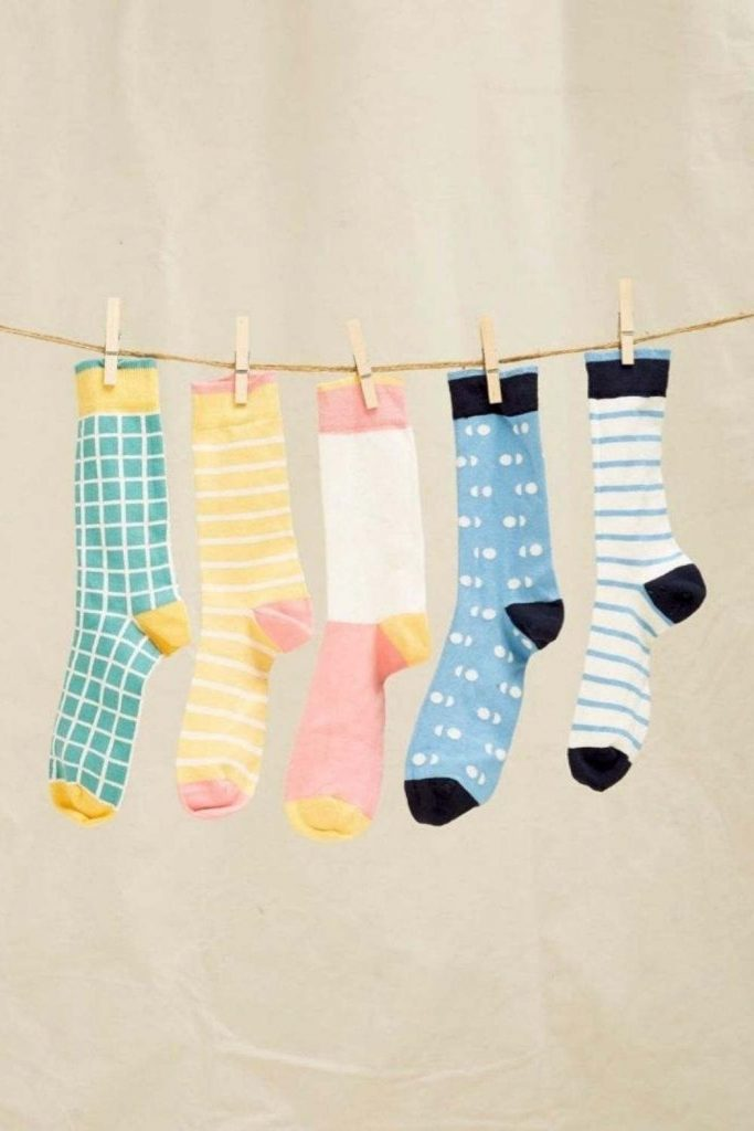 Leave Only Footprints with Sustainable and Eco Friendly Socks Image by People Tree #ecofriendlysocks #sustainablesocks #sustainablejungle