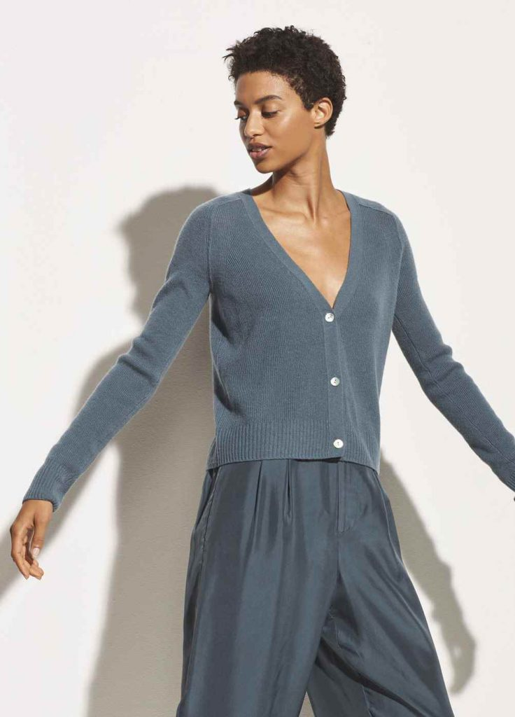 """Say goodbye to having """"nothing to wear"""". With clothing and dress rental online, you get the excitement of new clothes, while staying a minimalist consumer. Image by Vince Unfold #fashionrental #sustainablefashion"""