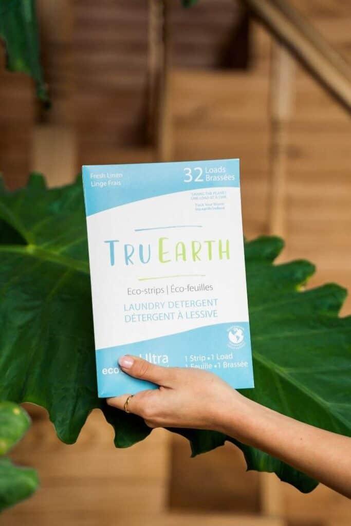 Zero Waste Laundry Detergent Image by TruEarth #zerowastelaundrydetegent #zerowastelaundry #sustainablejungle