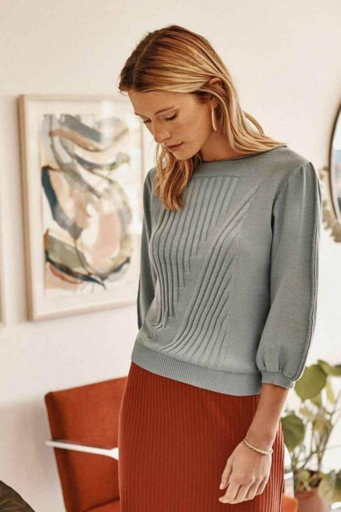 We wanted to look for the best ethical and fair trade sweaters online, so you can get cozy and stay cozy, without ever leaving the safety of your home... Image by Amour Vert #ethicalsweaters #fairtradesweaters #sustainablejungle
