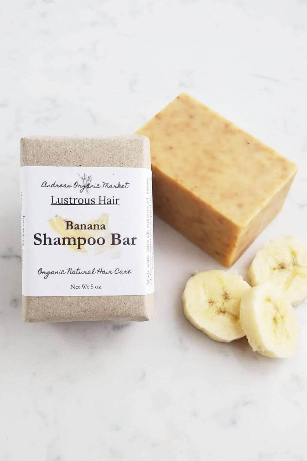 Switching to vegan and cruelty-free shampoo, conditioner, and other hair products is great but isn't enough from an environmental perspective. Thankfully, there are now many zero waste shampoo and conditioners available. Image by Andreas Organic Market #zerowasteshampoo #zerowasteconditioner #sustainablejungle