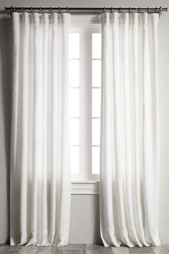 Let's block out that bright morning sun and explore some of our favorite organic and eco friendly curtains Image by Barn and Willow #organiclinencurtains #ecofriendlycurtains #sustainablejungle