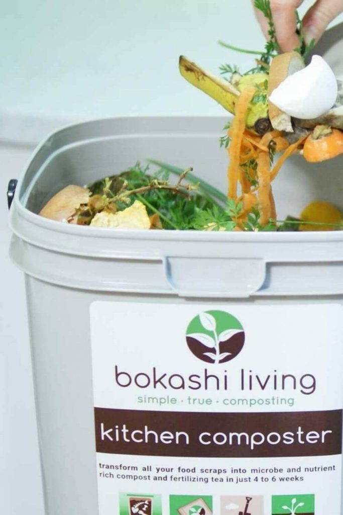 Using a kitchen compost bin or indoor compost bin can change your life and put you on the path to sustainable living. Sounds dramatic, we know. But seriously. It can... Image by Bokashi Living #indoorcompostbins #sustainablejungle