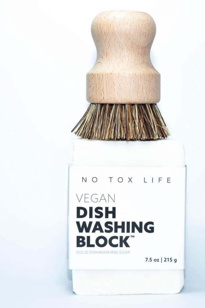 You may end up enjoying one of the world's most despised tasks (here's looking at you, dishes) when you begin incorporating some ultra-sustainable and zero waste cleaning products into the mix. Image by EcoRoots #zerowastecleaning #sustainablejungle