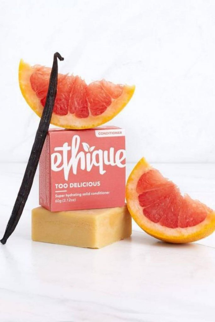 Finding truly ecofriendly products is a bit like washing your hair after camping for a week… it takes a few rounds of scrubbing to see through the grease and grime... Image by Ethique #ecofriendlyhairproducts #sustainablejungle