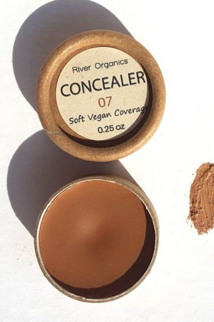 It's time we brush unethical options aside and use cruelty free concealers that not only have you covered but also our furry friends. Image by River Organics #crueltyfreeconcealers #crueltyfreemakeup