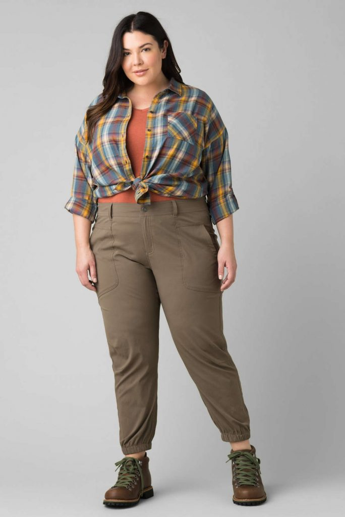 Body-Positive Brands for Sustainable and Ethical Plus Size Clothing Image by prAna #ethicalplussizeclothing #sustainableplussizeclothing #sustainablejungle