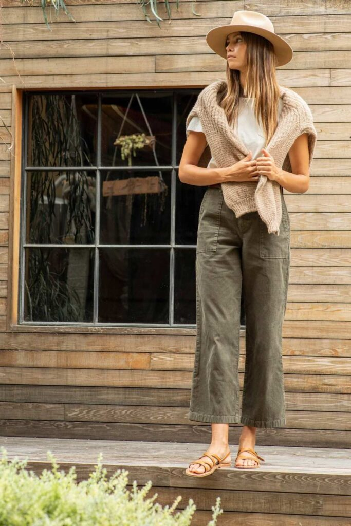 We love preloved! We'd even go so far as to say used clothes are the best clothes, which is why we're loving all these recycled & upcycled clothing brands. Image by Outerknown #recylcedclothing #upcycledclothing