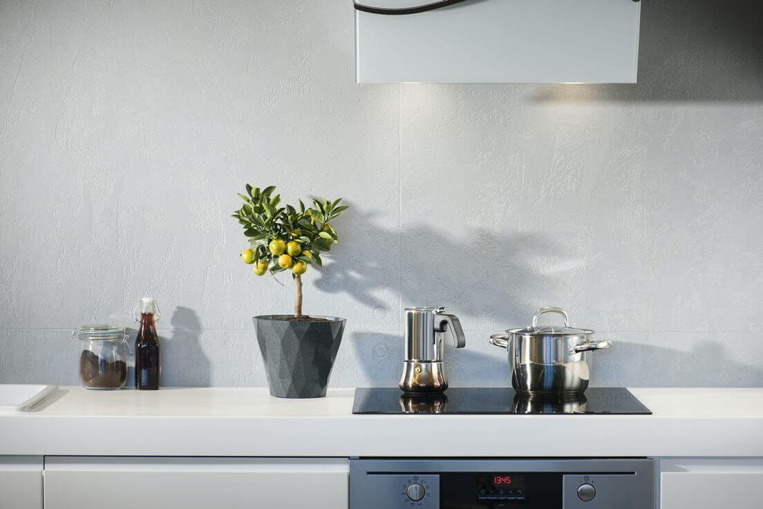 Let's get cooking and plate up 10 delicious zero waste kitchen swops to make your kitchen a less wasteful space. Photo by Marcin Galusz on Unsplash #zerowastekitchen #sustainablejungle
