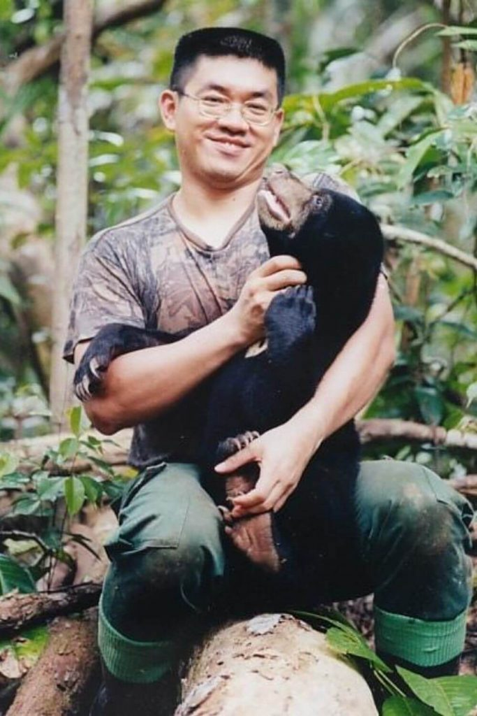Dr. (Hon) Wong Siew Te, founded the Bornean Sun Bear Conservation Centre in 2008. Wong has been studying and working on the ecological conservation... The Sustainable Jungle Podcast #sustainablejungle #podcast #conservation