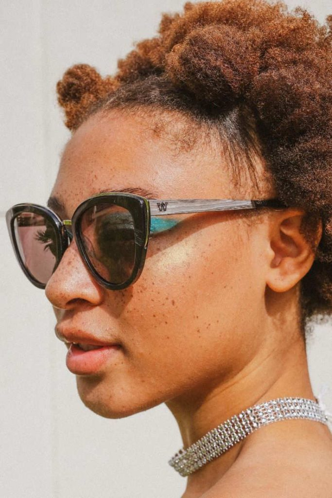 My dog chewed my sunglasses to bits so I have a legitimate reason to buy a new pair of eco friendly sunglasses and, at the same time, shed some light on sustainable sunglasses brands Image by Woodzee #ecofriendlysunglasses #sustainablesunglasses #sustainablejungle