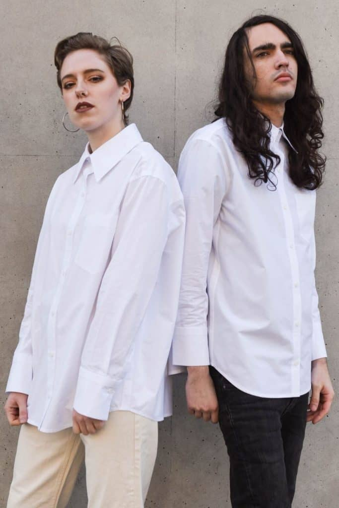 Binary fashion is coming to an end with a new breed of brands creating gender neutral clothing for more inclusive fluid fashion industry  Image by Pause #genderneutralclothing #genderneutrallclothingbrands #sustainablejungle