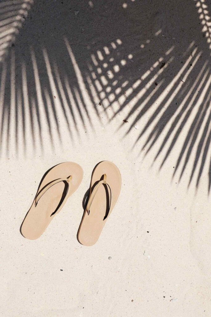 Here, we're talking flip flops folks and any of these vegan, eco friendly and recycled flip flops we've listed here will do the trick if you need to buy new... Image by Indosole #ecofriendlyflipflops #recycledflipflops #sustainablejungle