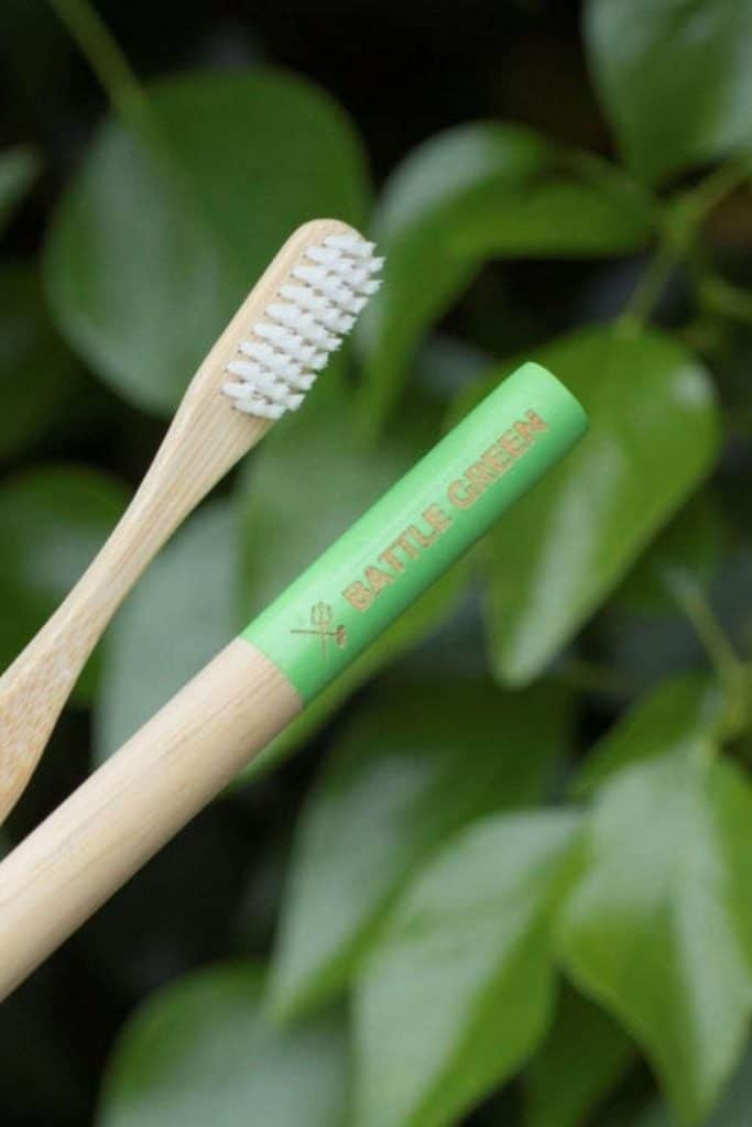 We're taking a bite out of plastic dental care and diving into zero waste toothbrushes, or rather lower waste toothbrushes, as you'll see shortly. Image by Battle Green #zerowastetoothbrush #zerowastetoothbrushes #sustainablejungle