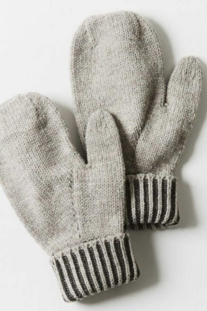 Ironically, climate change could lead to another ice age, so unsustainable glove choices today may be self-defeating tomorrow, so opt for ethical winter gloves instead. Image by Coyuchi #sustainablewintergloves #ethicalwintergloves #sustainablejungle