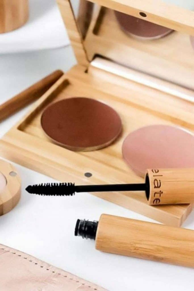 We've taken to time to compile all the sustainable and ethical beauty brands in one convenient location. One list (not ring) to rule them all, so to speak. Image by Elate Cosmetics #ethicalbeautybrands #sustainablebeautybrands #ethicalbeauty #sustainablebeauty #sustainablejungle
