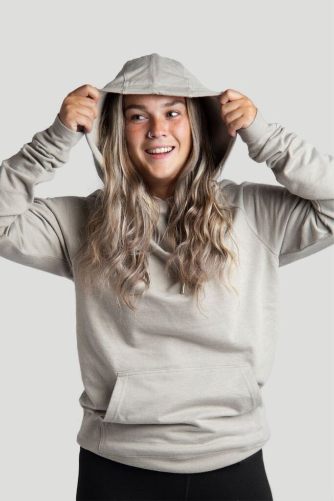 Most hoodies are synthetic based, meaning they'll be around for hundreds of years. So in the spirit of a sustainable fashion industry (and planet), opt for an ethical and organic hoodie that puts the eco in eco-conscious clothing.  Image by Iron Roots #organichoodie #ethicalhoodie #sustainablehoodie #sustainablejungle