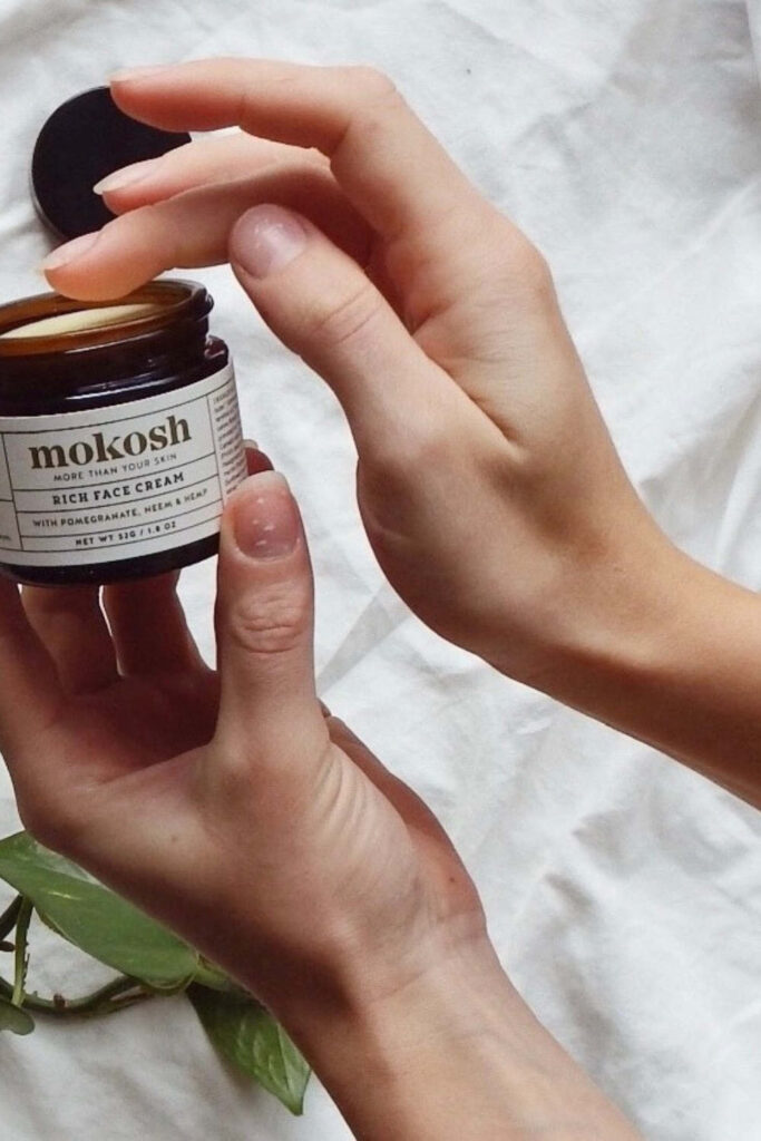 There should be (almost) no difference between what we put on our bodies and what we put in them. Which is why we're here to enrich your skin with a collection of the best organic face moisturizers.  Image by Mokosh #bestorganicfacemoisturizers #organicfacemoisturizer #bestnaturalfacemoisturizers #sustainablejungle