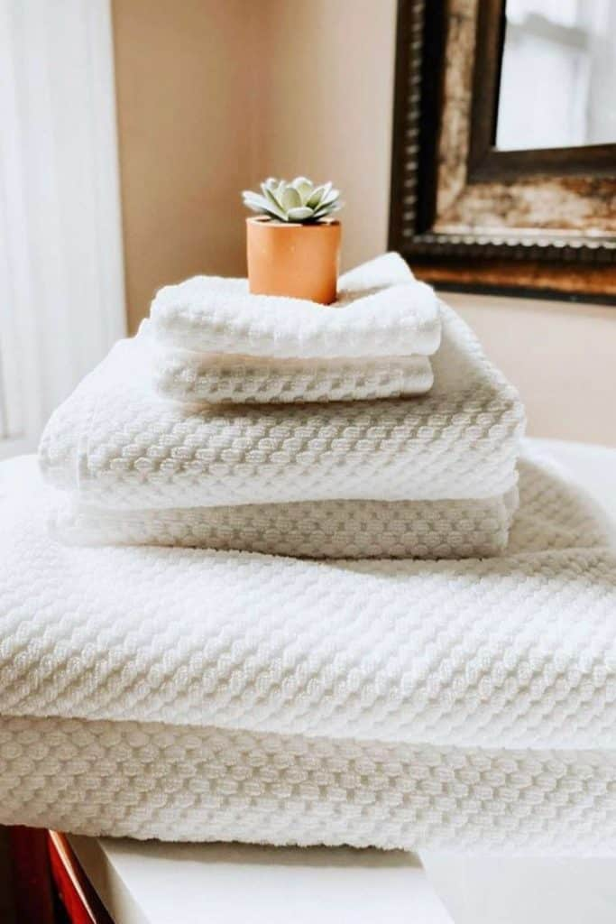 economical and environmentally friendly eco-friendly towels in organic sponge cotton practical