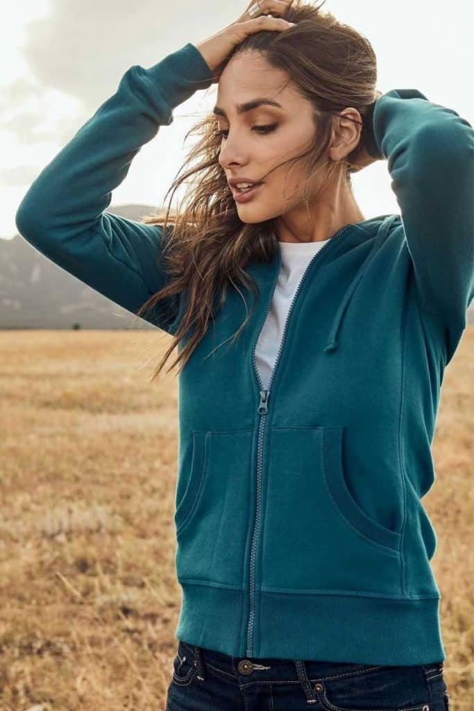 Most hoodies are synthetic based, meaning they'll be around for hundreds of years. So in the spirit of a sustainable fashion industry (and planet), opt for an ethical and organic hoodie that puts the eco in eco-conscious clothing.  Image by Pact #organichoodie #ethicalhoodie #sustainablehoodie #sustainablejungle