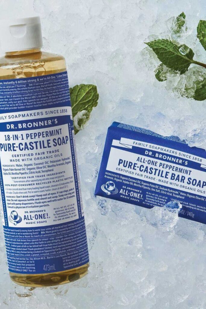 Most beauty brands sell chemically-laden body washes you wouldn't use on your dog. Fortunately for peace of mind and a truly clean shower, there are several natural and organic body wash options available. Image by Dr Bronner's #organicbodywash #naturalbodywash #sustainablebodywash #sustainablejungle