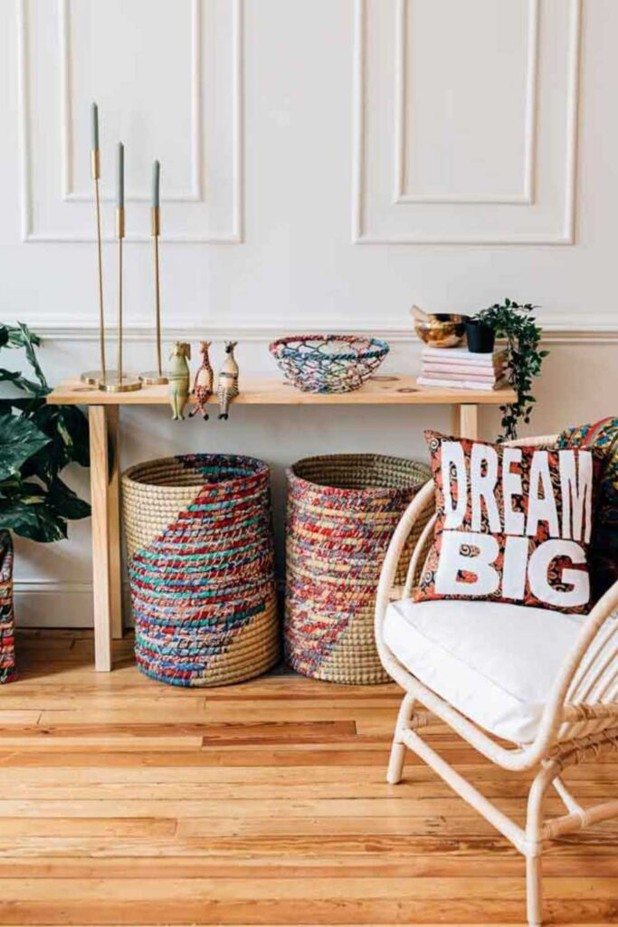Sustainable home decor that's both aesthetically and ethically pleasing is possible! Conscious brands exist and they're making ethically-styled living easier for us all.  Image by Ten Thousand Villages #sustainablehomedecor #ethicalhomedecor #ecofriendlyhomedecor #sustainablejungle