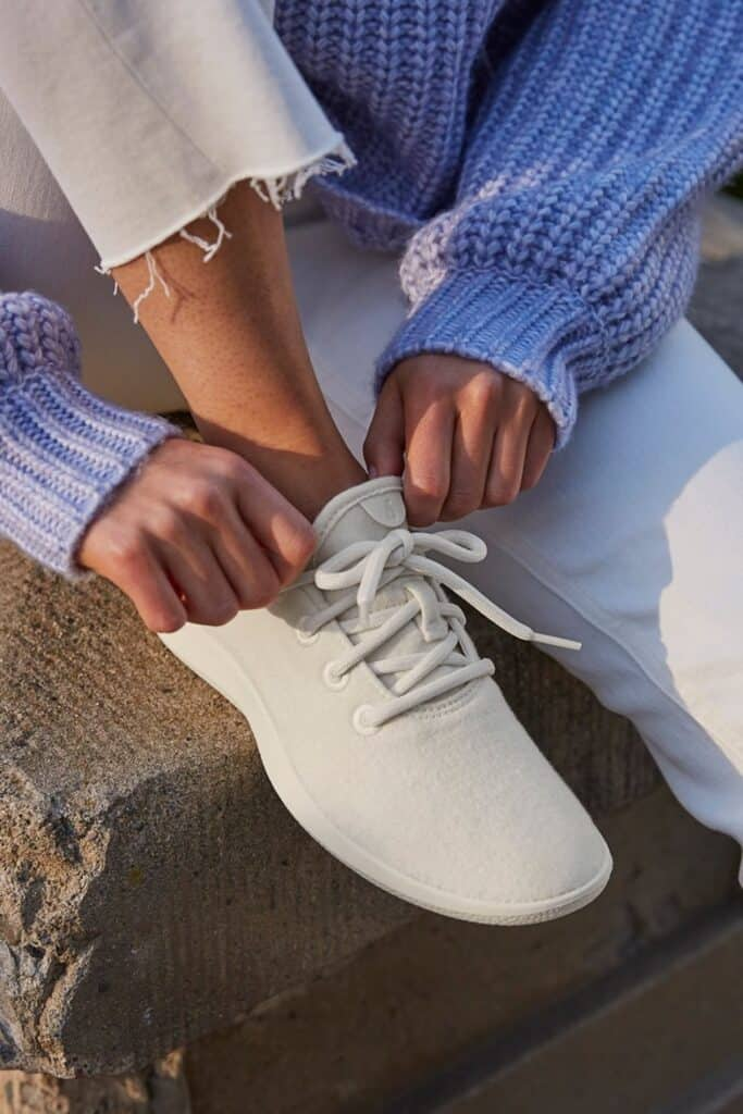 Living sustainably means taking it one step at a time, literally. But in a world where traditional footwear is anything but, you may be wondering, which are the ethical shoe brands? Image by Allbirds #ethicalshoebrands #sustainableshoebrands #sustainablejungle