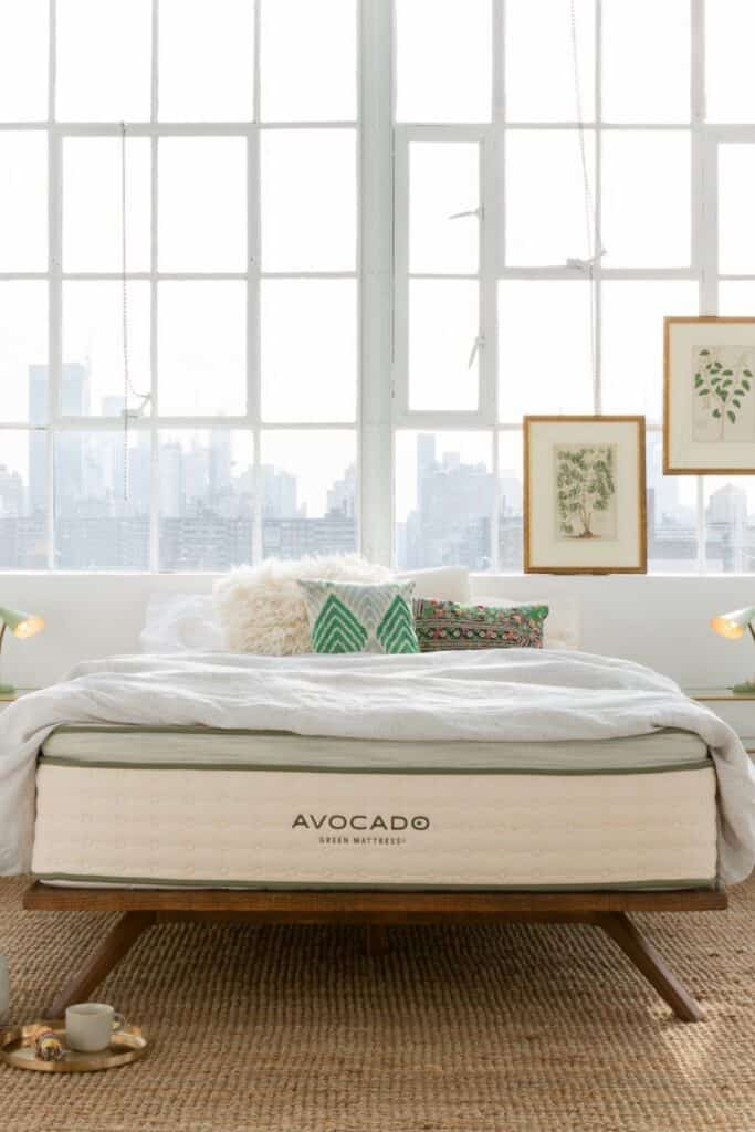 A good natural and organic mattress protector protects you (from dust mites and bacteria), your mattress (from excessive wear and tear), and the planet (from harsh toxins and synthetic materials).  Image by Avocado #organicmattressprotector #naturalmattressprotector #sustainablejungle