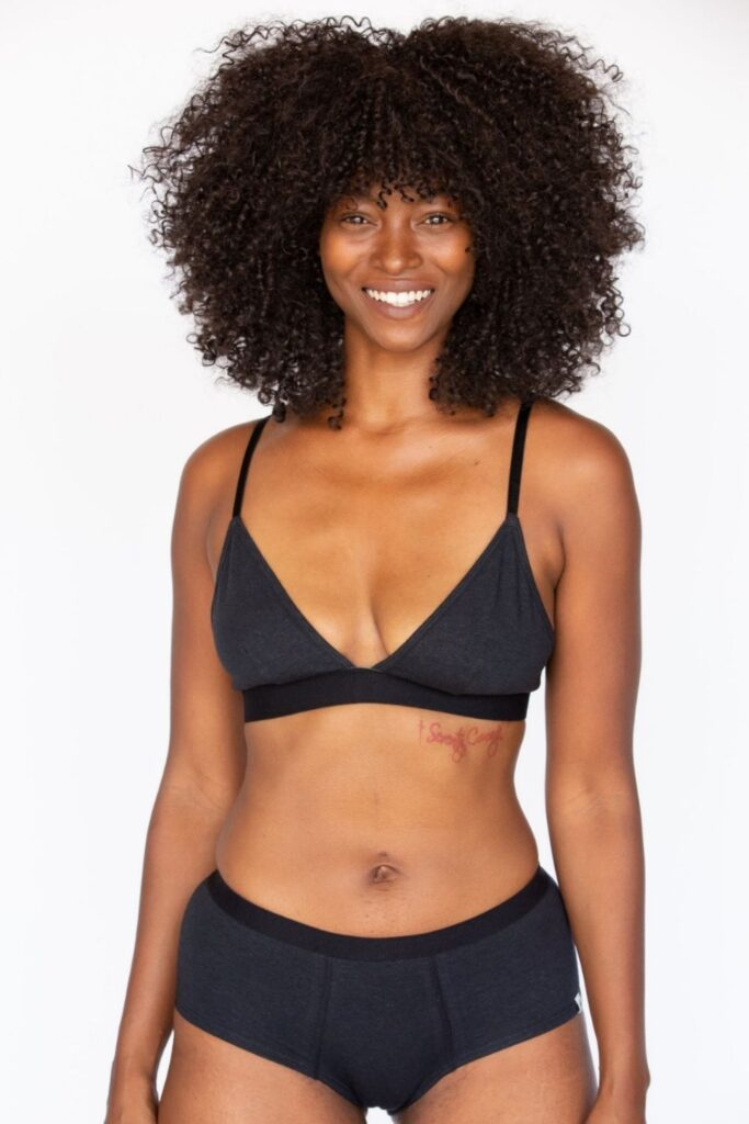 Organic bras don't just feel better, they make us more comfortable internally, knowing they won't sit in a landfill for hundreds of years. Image by WAMA Underwear #organicbras #organiccottonbras #bestorganicbras #naturalorganicbras #sustainablejungle