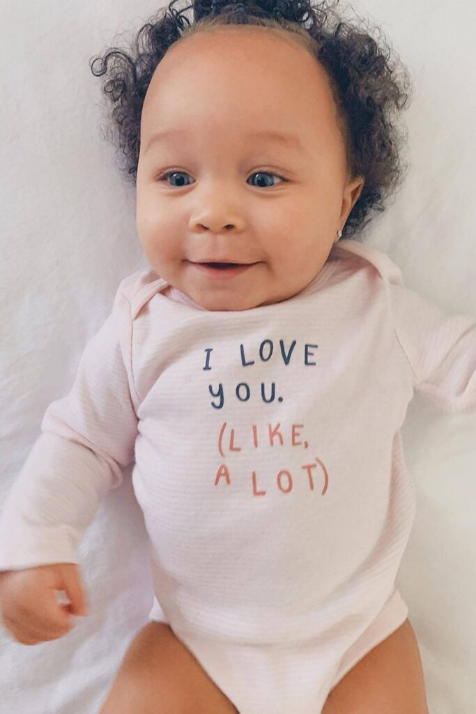 Oh baby! Let's talk onesies, bodysuits, and cute baby outfits that won't break the bank or planet. In other words, let's talk: affordable organic baby clothes. Image by Little Planet #affordableorganicbabyclothes #affordableorganicbabyclothing #gotsbabyclothes #sustainableaffordableorganicbabyclothing #sustainablejungle