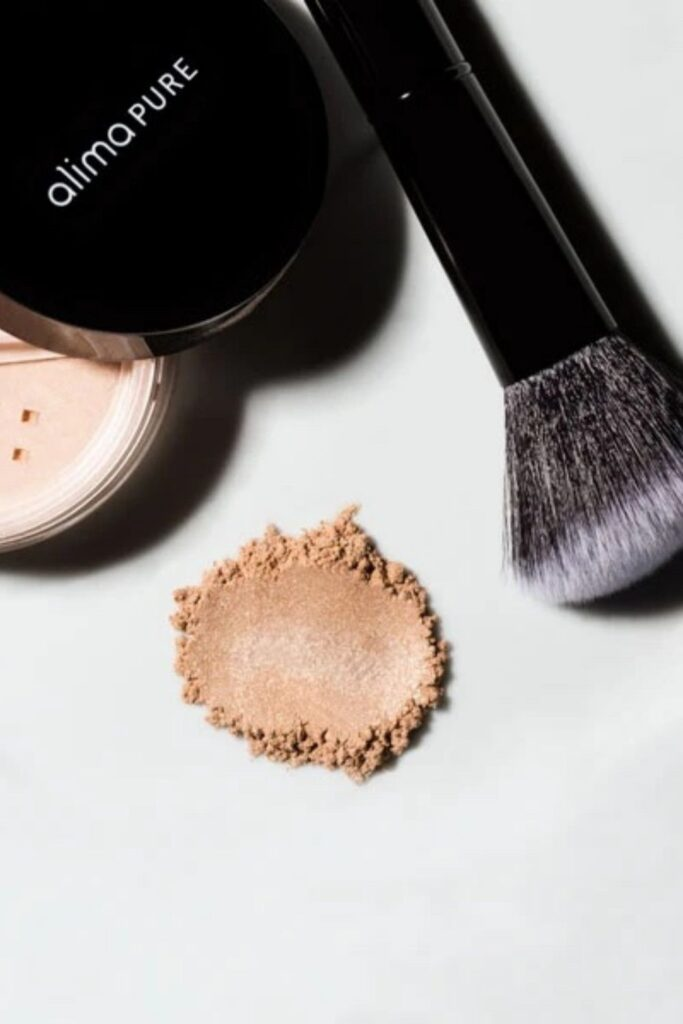 Investing in healthy cosmetics is well worth the extra expense, in our opinion. However, we also believe clean beauty should not be out of reach, which is why we're on the hunt for the most affordable organic makeup. Image by Alima Pure #affordableorganicmakeup #affordableorganicmakeupbrands #mostaffordableorganicmakeup #bestaffordableorganicmakeup #affordablenaturalmakeup #affordablenaturalmakeupbrands #bestaffordablenaturalmakeup #sustainablejungle