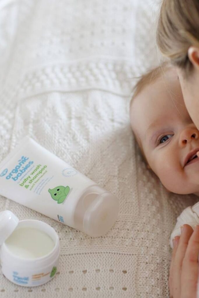 Even rubber duckies would avoid conventional shampoo. Organic baby shampoo is the safest baby shampoo money can buy (and you can even pronounce the ingredients listed!). Image by Green People #organicbabyshampoo #bestorganicbabyshampoo #organicbabyshampooandconditioner #tearfreeorganicbabyshampoo #naturalbabyshampoo #bestnaturalbabyshampoo #naturalbabyshampooandconditioner #sustainablejungle