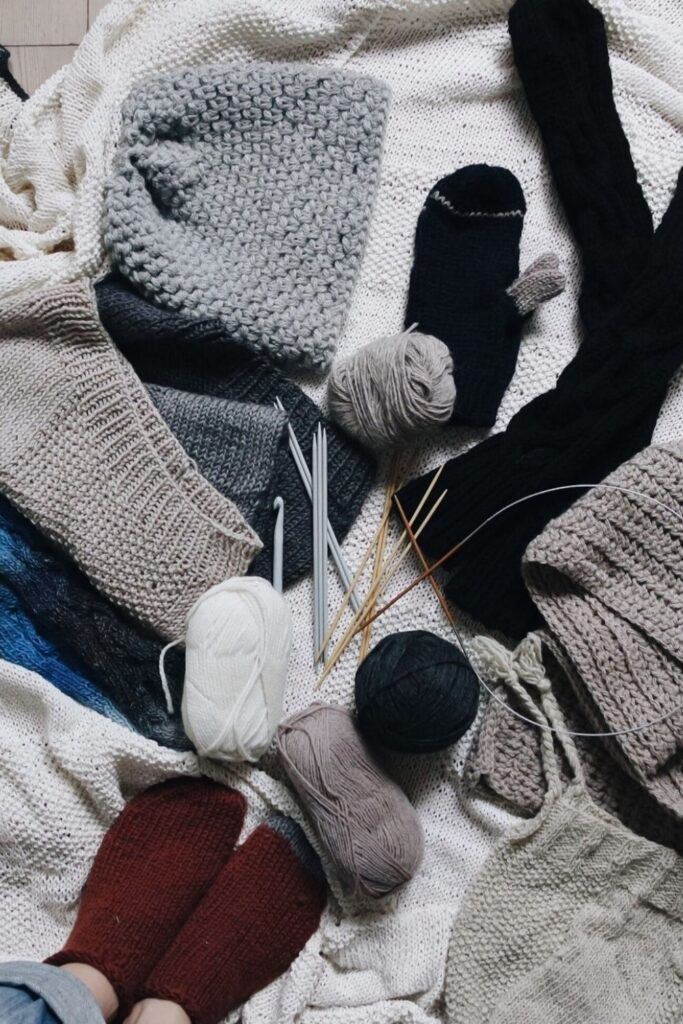 What to do with old socks should be as breezy as the holes in the heels… right? Photo by Giulia Bertelli on Unsplash #whattodowitholdsocks #whattodowitholdmismatchedsocks #whattodowitholdwoolsocks #whattodowitholdsockswithholes #sustainablejungle