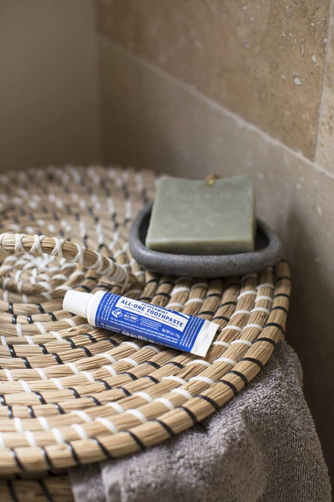 Toothpaste is probably the most regularly used body care product around which is why it was one of the first products we scrutinized for sustainable, cruelty free toothpaste alternatives... Image by Dr. Bronner's #crueltyfreetoothpaste #vegantoothpaste #sustainablejungle